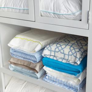 Martha Stewart's easy linen folding solution